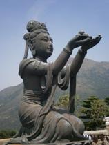 Le Bouddha de l'île de Lantau. Photo: Karine M.
