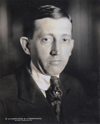 William Hays. Source: Wikipédia