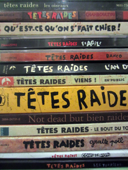 La pile d'albums des Têtes Raides. Photo: Byam