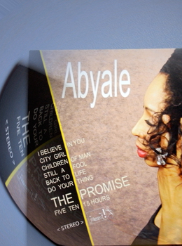 Dernier album d'Abyale (The Promise). Photo (stylisée): PHB