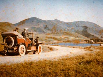 Extraordinaire photo qui montre la Mercedes Simplex de Albert Kahn en 1914 au Lac de Guéry (Auvergne). Photo de la photo: LSDP
