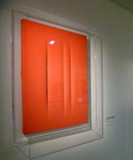 Oeuvre de Lucio Fontana au MAM. Photo: Les Soirées de Paris