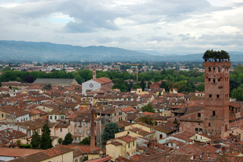 Vue du ciel de Lucca. Photo: Guillemette de Fos