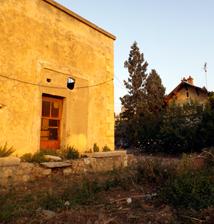 L'ancienne gare de Hadath au Liban. Photo: Les Soirées de Paris