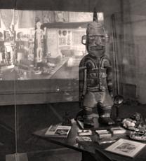 Détail de l'exposition vouée à André Breton au musée de Cahors. Photo: Les Soirées de Paris
