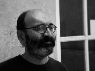 Alain Brillon, archiviste documentaliste à Libération. Photo: Les Soirées de Paris