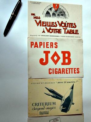 Buvards publicitaires. Photo: Les Soirées de Paris