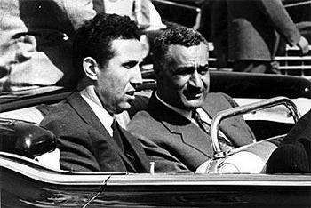 Ben Bella et Nasser. Source image: Wikipédia. Auteur inconnu