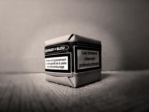 Déclaré toxique sur les deux faces, le paquet de gris. Photo: LSDP