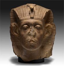 Tête de Sesostris III ( quartzite, provenance inconnue) © John Lamberton The Nelson-Atkis Museum, Kansas City