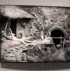 """Aspect de l'exposition """"Un train pour le Yunnan"""". Photo: LSDP"""