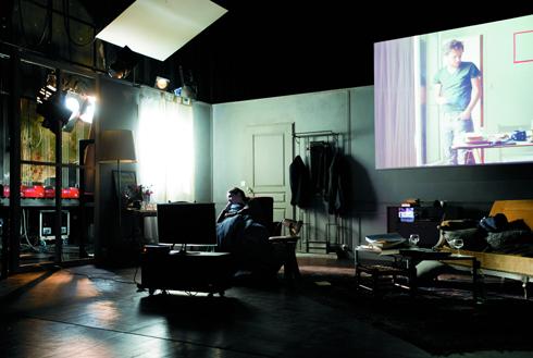 """""""nos serments"""" au théâtre de la Colline. Photo: Elisabeth Carecchio"""