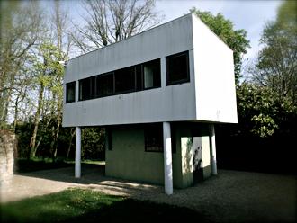 Maison Savoye. Le Corbusier. Pavillon du gardien. Photo: Les Soirées de Paris