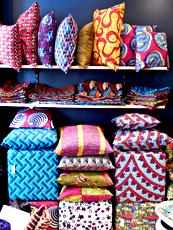 Les produits colorés de Keur. Photo: Lottie Bricket