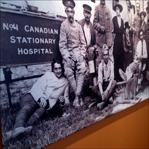 Aspect de l'exposition sur le Camp Canadien au musée des Avelines à Saint-Cloud. Photo: LSDP