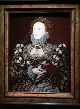 """""""Elisabeth Ière dit le Portrait au phénix"""", associé à Nicholas Hilliard, vers 1575. Photo: Valérie Maillard"""