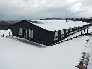 La barque dortoir du Struthof. Photo: Lotiie Bricket