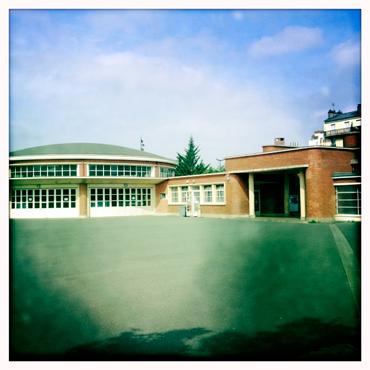 Les bâtiments du stade Léo Lagrange dans leur style 1930. Photo: LSDP