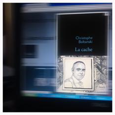 """""""La cache"""" sur la page de garde des éditions Stock. Photo: PHB/LSDP"""