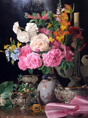 """""""Fleurs dans un vase de porcelaine avec un chandelier et des récipients en argent"""" (1839), Waldmüller. Photo: Valérie Maillard"""