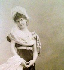 Détail photographique de la comtesse de Greffulhe par Nadar. Cliché: PHB/LSDP