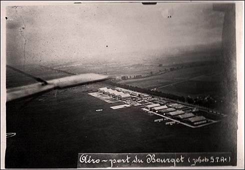 L'aéroprt du Bourget à ses débuts. Auteur: Monsieur Chiappe (?). Cool. PHB/LSDP