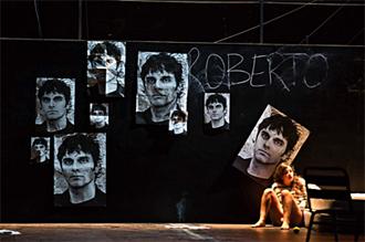 Roberto Zucco au théâtre Gérard Philippe. Photo: Jean-Louis Fernandez