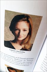 Sabine Devieilhe telle que présentée dans le livre. Photo: LBM