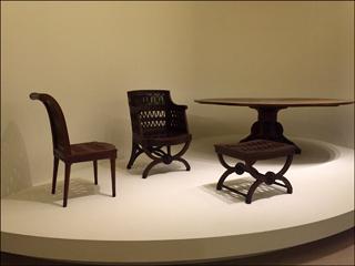 Mobilier d'inspiration étrusque conçu pour la laiterie de la reine à Rambouillet. Georges Jacob, d'après Hubert Robert. Photo: VM