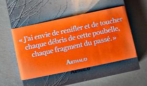 """Bandeau du livre """"La zone"""". Photo: PHB/LSDP"""