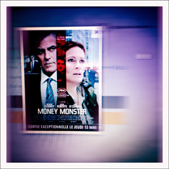 "L'affiche de ""Money Monster"". Photo: PHB/LSDP"