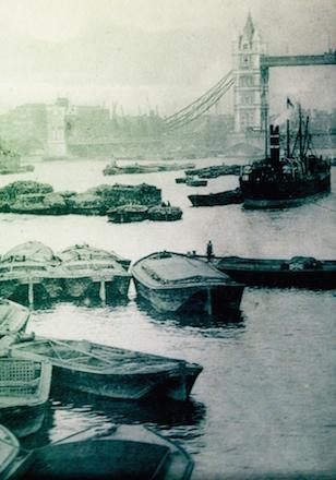 Vue de la tamise à partir d'une carte postale ancienne. Photo: PHB/LSDP