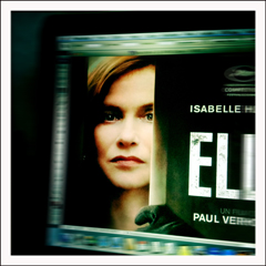 "Afiche du fil ""Elle"". Photo: PHB/LSDP"