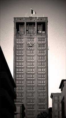Le Havre. La tour de l'hôtel de ville. Photo: PHB/LSDP