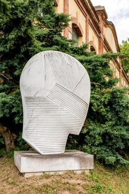 Tête de marbre. Gilles Topaz. ©Gérard Donnat.