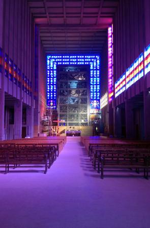 Eglise Saint-Jacques de Montrouge. Vue de l'intérieur. Photo: PHB/LSDP