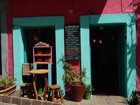 Café de Guanajuato. Photo: ©Lottie Brickert
