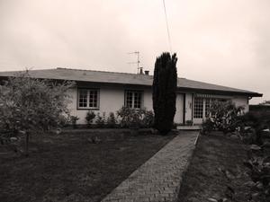 """Ancienne maison """"U.S"""" à Saint-Cyr. Photo:"""