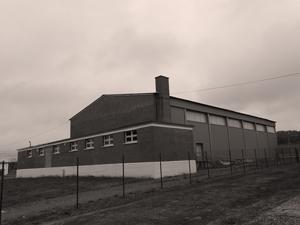 Ancienne salle de concert à Varrains. Photo: